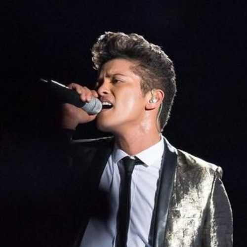 bruno mars side part haircut