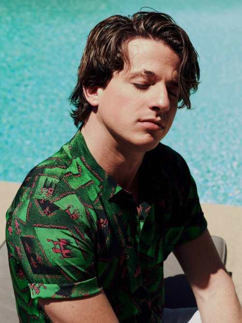 Charlie Puth Hairstyle Men S Hairstyles Haircuts X
