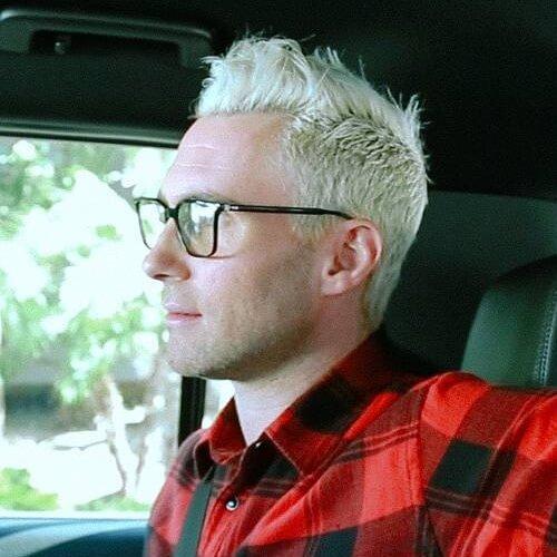 adam levine white haircut